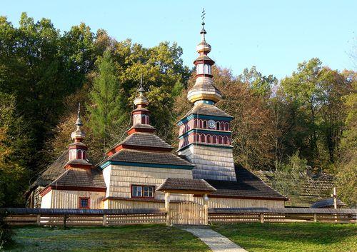 http://img.cestovanie.sk/stories/psk-muzea/SkzBardejov/skanzen04.jpg